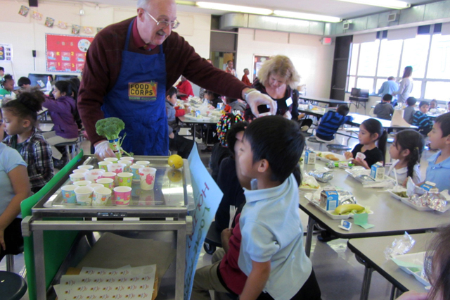 foodcorps-school-cafeteria